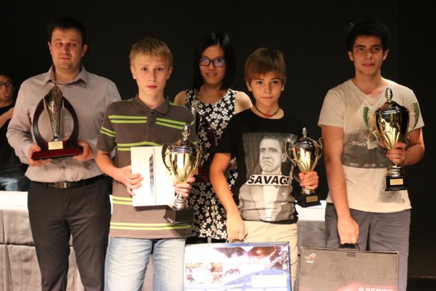 Le podium du Trophée BNP avec les 2 finalistes du Corsica Masters