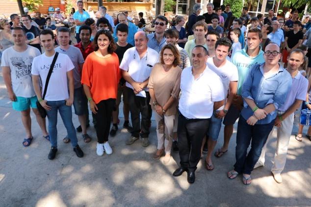Marie Paul Tomasi et Léo Battesti entourés des nombreux MI et GMI, participants à la 3e édition de l'Open de Purtichju