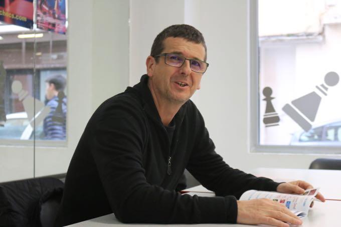 Jean-Claude Morison, le président du Corsica Chess Club prêt à accueillir, avec le sourire, des centaines de joueurs !