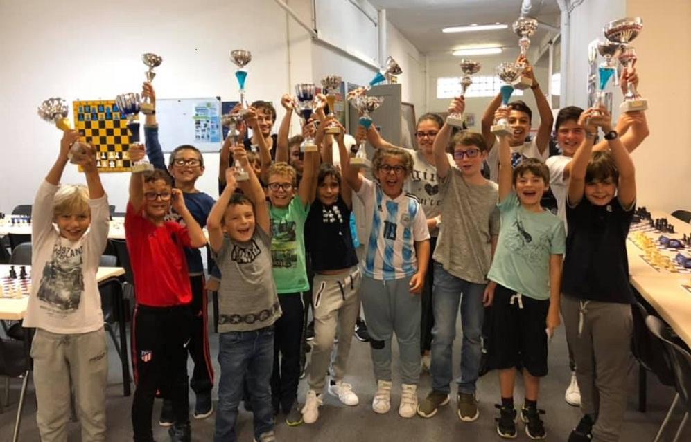 Marc'Andria Maurizzi et Aldo Cherici remportent les 1er blitz du Corsica Chess Club