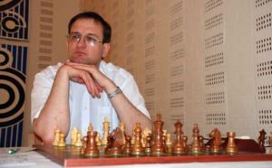 Michał Krasenkow, l'une des grandes figures de la théorie échiquéenne jouera à Purtichju